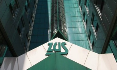 Pierwsi klienci banków mogą już zalogować się do ZUS