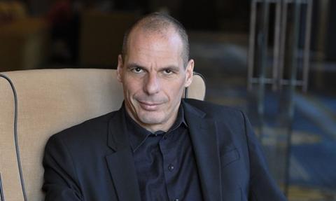"""Warufakis dla """"FAS"""": Schaeuble chciał Grexitu już w 2012 r."""