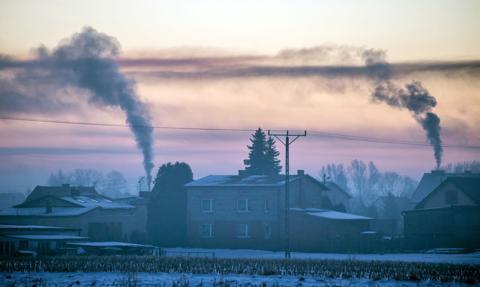 Kolejne rekordy na rynku uprawnień do emisji CO2