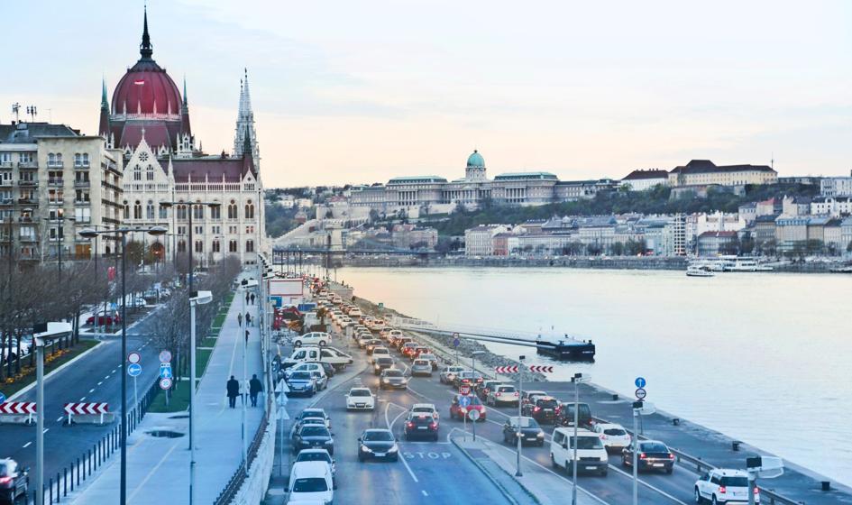 Węgry łagodzą restrykcje przeciwepidemiczne