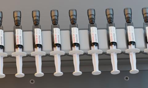 Eksperci: Szczepionki Pfizera i Moderny skuteczne przeciwko nowym wariantom koronawirusa
