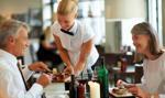 PIP: w wakacje młodym pracownikom często nie wypłaca się należnej pensji