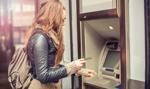 Chcesz darmowych bankomatów? Płać więcej za konto