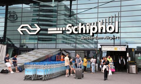 Linie lotnicze KLM chcą pozwać lotnisko w Amsterdamie z powodu podwyżek opłat