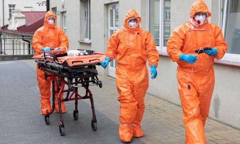 Ponad 14 tys. nowych zakażeń koronawirusem, zmarło ponad 600 osób