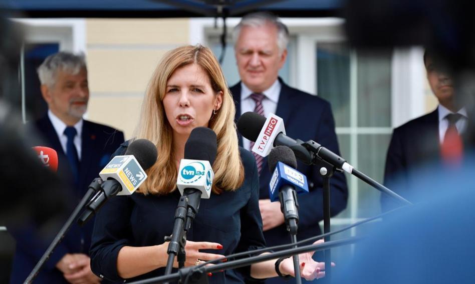 """Wiceminister Kornecka odwołana ze stanowiska. Krytykowała """"Polski ład"""", premier zarzucił jej wolne tempo pracy"""