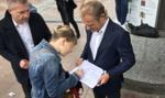 Tusk zbierał podpisy dla Trzaskowskiego