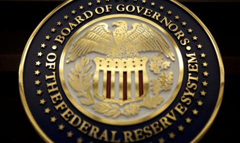 """Fed ostrzega przed możliwością """"znaczących spadków"""" cen aktywów"""