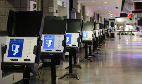 Producent maszyn do głosowania domaga się 1,6 mld USD odszkodowania od Fox News