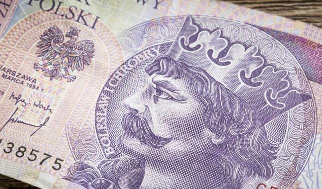 Nastolatek płacił fałszywymi banknotami 20-złotowymi w sklepach w Szczecinie - zdjęcie ilustracyjne