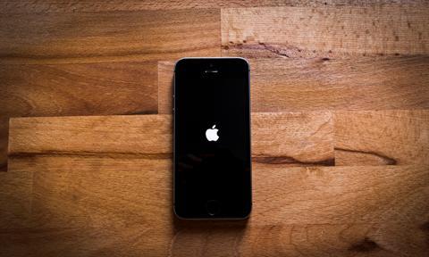iPhone może zostać terminalem płatniczym