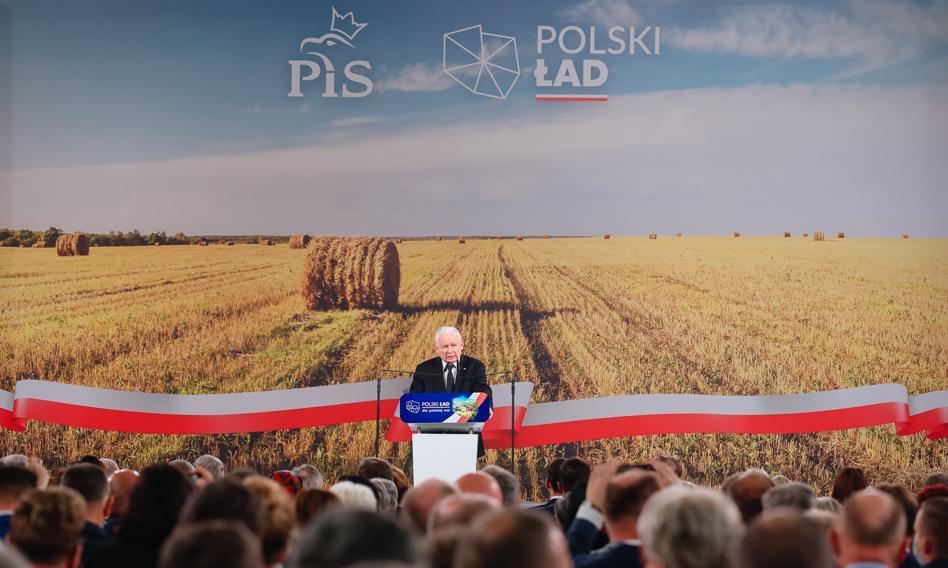 """""""Polski ład dla rolnictwa"""". PiS pokazał swój program dla wsi thumbnail"""