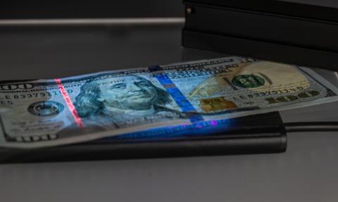 Plan fiskalny Bidena może być korzystny dla dolara