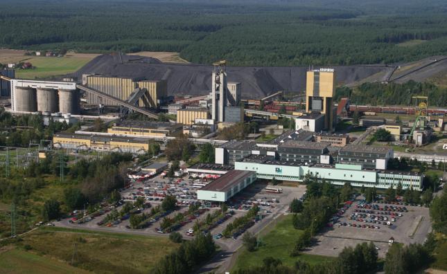 """Żony górników z """"Krupińskiego"""" pojadą z petycją do premier Szydło"""