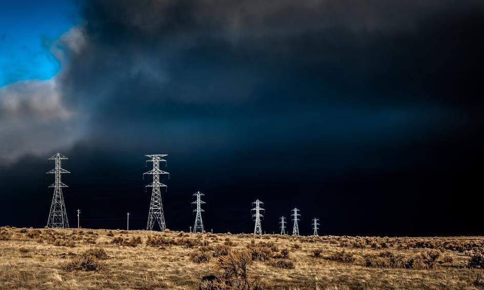Polska za mało inwestuje w energetykę i telekomunikację [Analiza]