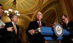 """Republikanie chcą razem z reformą podatków znieść """"Obamacare"""""""