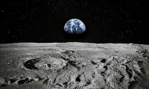 """Coraz większe pieniądze """"w kosmosie"""". """"Wojna tam jest nieunikniona"""""""