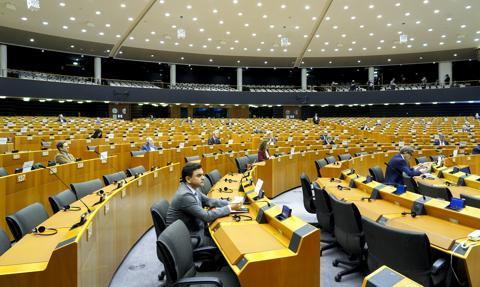 PE poparł Fundusz Sprawiedliwej Transformacji. Chce, żeby finansował też inwestycje w gaz