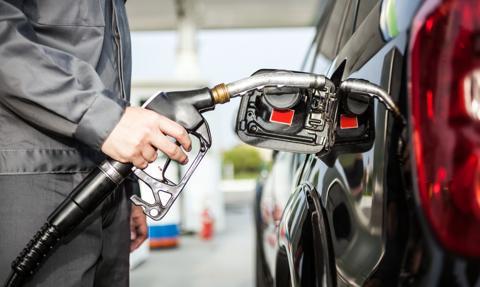 Podwyżki cen paliw wróciły do jadłospisu