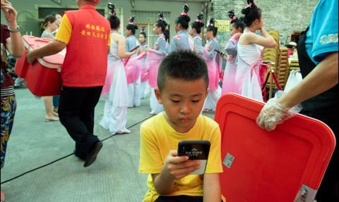 Chiny chcą wprowadzić prawo umożliwiające karanie rodziców za złe zachowanie dzieci
