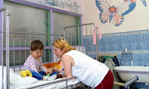 Plusy i minusy szpitali dziecięcych. Raport Fundacji K.I.D.S