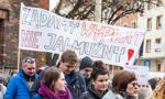 Protestujący pracownicy sądownictwa: Projekt MS ws. zasad zatrudniania to dla nas gwóźdź do trumny