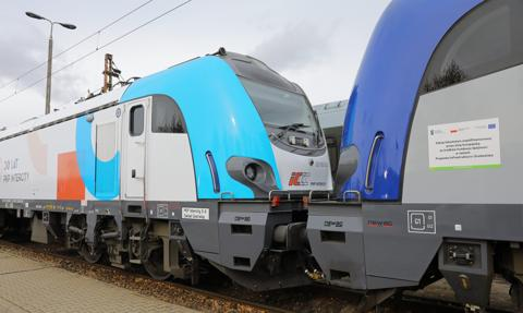 Newag dostarczy PKP Intercity 10 lokomotyw za 210,3 mln zł