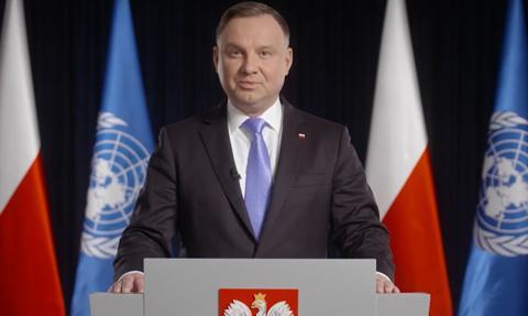 Prezydent: Pandemia podniosła kwestię opieki zdrowotnej do rangi podstawowych praw człowieka