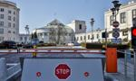 Posłowie za 3-metrowym ogrodzeniem. Są trzy oferty na budowę bramy do Sejmu