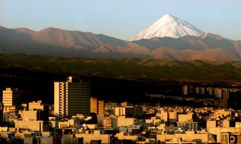 MSZ odradza wszelkie podróże do Iranu