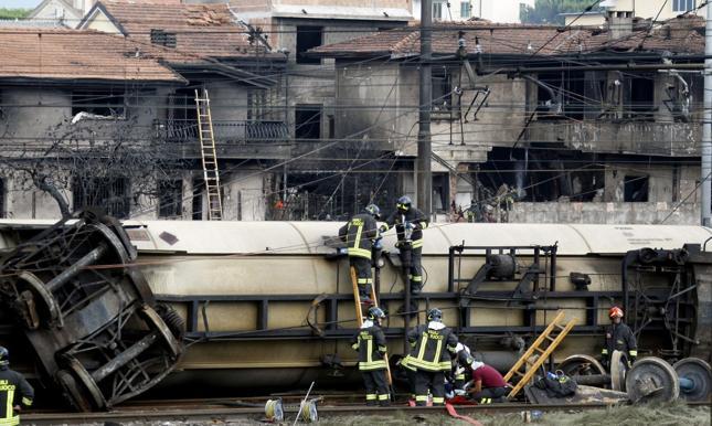 Włochy: wyroki 7 lat w procesie w sprawie wybuchu pociągu w Viareggio