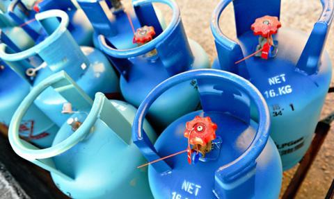 Gaz z butli to gdzieniegdzie jedyny wybór dla Polaka. Białe plamy na mapie kraju