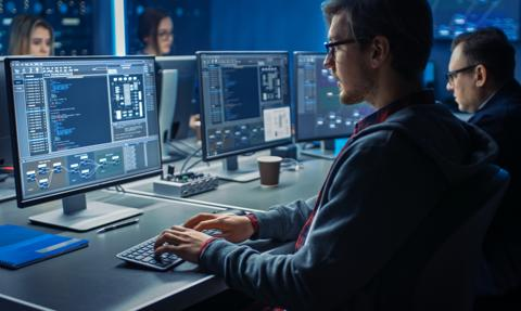 Popyt na specjalistów IT mocno rośnie