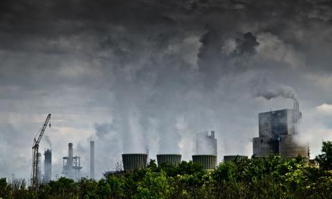 Komisja PE za podwyższeniem celu redukcji emisji do 2030 r.