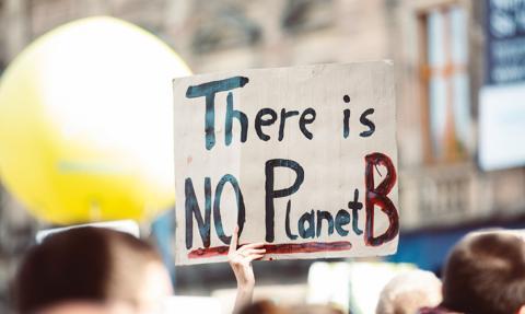 Za 20 lat skutki zmian klimatu dotkną każdy kraj. Raport wywiadu USA
