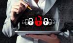 PKO BP ostrzega przed oszustami z Facebooka