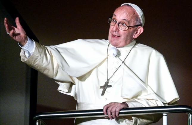 Papież: Na świecie trwa trzecia wojna światowa