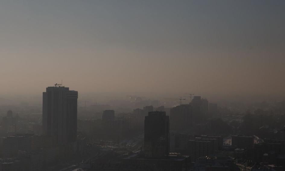 Polski Alarm Smogowy i Miasto Jest Nasze chcą w Warszawie zakazu palenia węglem