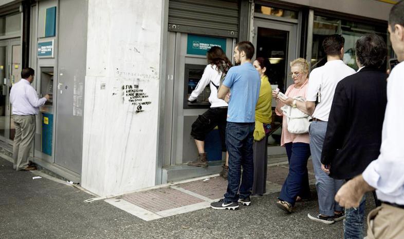 Grecy niezadowoleni z ograniczeń w bankach