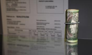 Zakaz prowadzenia działalności a odliczenie VAT z faktur zakupowych
