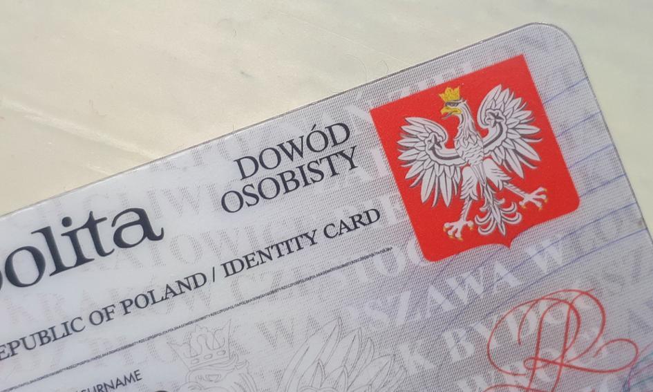 1,5 mln Polaków powinno w 2021 r. wymienić dowód
