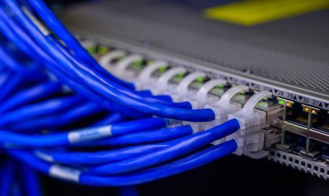 Zagórski: Ostateczna likwidacja internetowych białych plam najważniejszym celem
