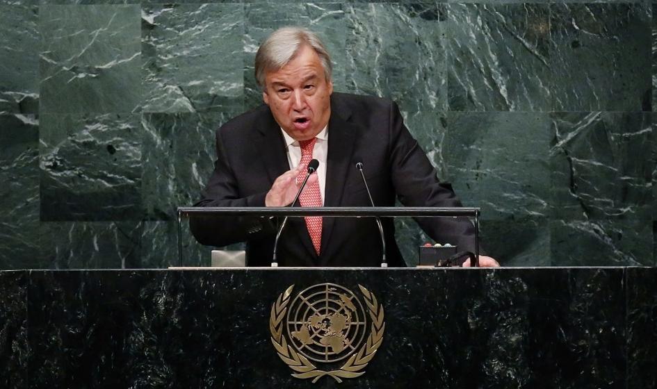Guterres: Świat stoi nad przepaścią i podąża w złym kierunku