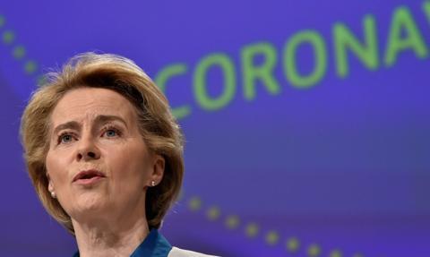 Szefowa KE: 100 mln euro na zakup 15-22 mln zestawów do testów na koronawirusa