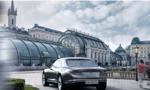 Varsovia. Luksusowy samochód z Polski