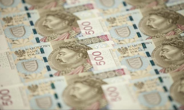 Pożyczki online na 25 000 złotych? W Takto Finanse to możliwe!