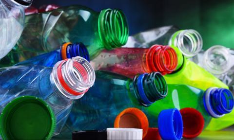 Ekologia zdominowała rynek opakowań. Plastik jednak na razie nie zniknie