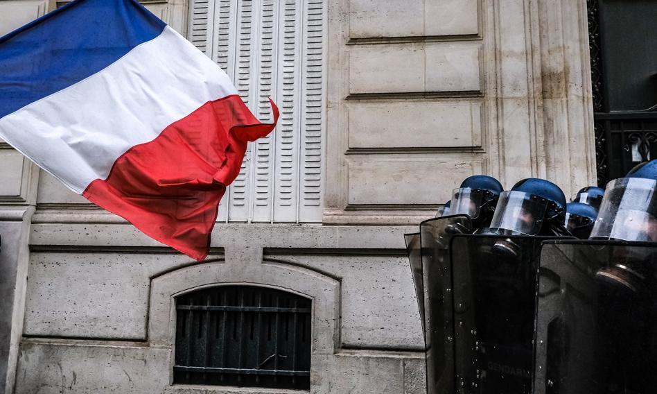 Tysiące Francuzów protestowało przeciwko obowiązkowym szczepieniom