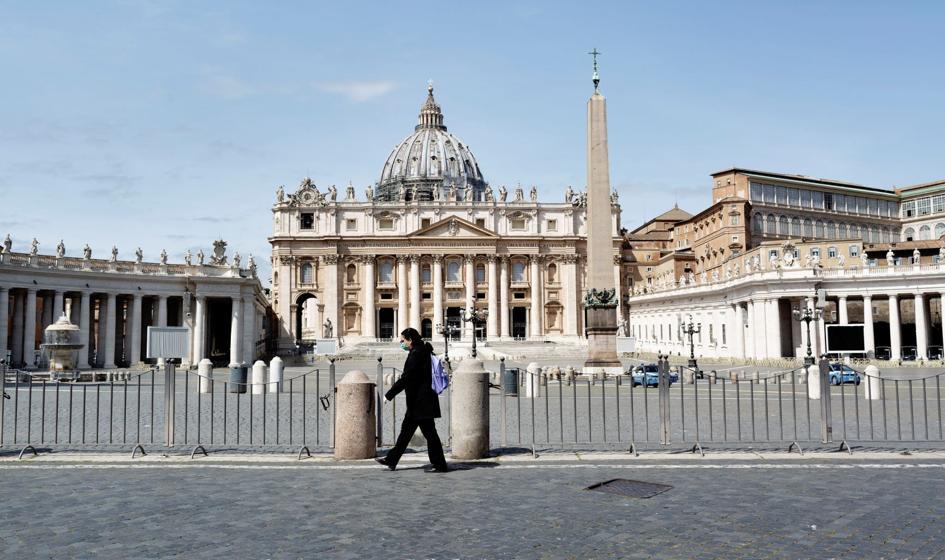Włoska straż miejska ukarała proboszcza za hałas i... zebrała pieniądze na grzywnę