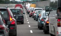 Polacy kupują mniej samochodów z zagranicy